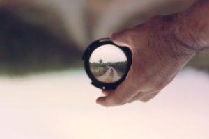 Vibrations Coaching: Vibrations Coaching: Seeing possibilities: view of a road through a lens